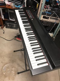 Electronic Keyboard Piano White and Black Windsor, 95492
