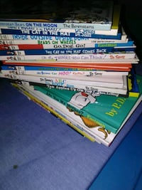 Dr Seuss books 21 total plus Disney and others Haysville, 67060