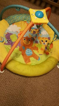 Play mat Thorold, L2V 4C8