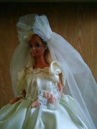Price Drop. 66' Bridal Barbie.