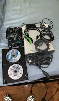 Xbox 360 w/ HDMI cable, 2 controllers (one  wired)  Gaithersburg, 20877