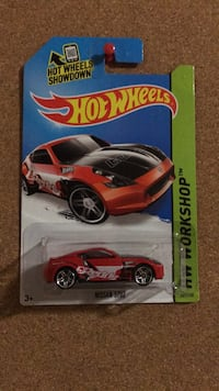 Nissan 370Z hot wheels diecast model car Vaughan, L6A