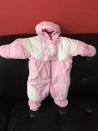 Baby's pink and white swaddle 0/9 months Sterling