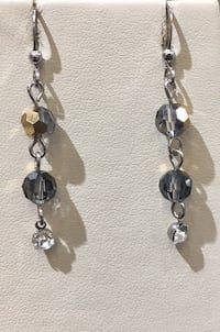 silver and black beaded necklace Toronto, M1B 4Y7