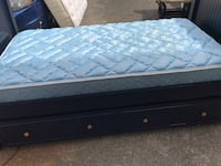 Great twin trundle bed with mattresses