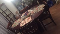 complete dinning room table w/ chairs Germantown, 20874