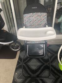 baby's white and gray high chair Alexandria, 22311