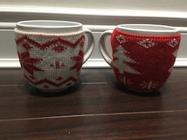 2x New Brand Holiday Mugs