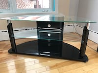 Glass TV stand Laval, H7S