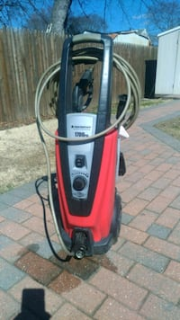red and black pressure washer Copiague, 11726
