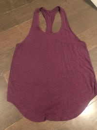 Lot of two lululemon Yogi tanks ~ red grape & navy ~ size 8/10 Surrey, V4N 6A2
