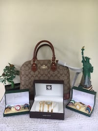 Authentic Coach Alma. W/ free gucci watch. Dumaguete City