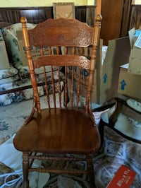 Set of 6 Antique Wood Chairs St. Catharines, L2P 3C2