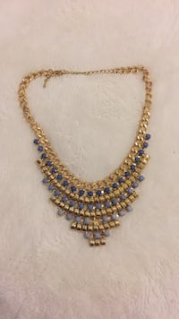 Gold chunky necklace with blue detail Toronto, M1P 5C4
