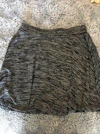 women's gray and black skirt Vaughan, L4H 1H9