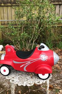 RADIO FLYER,RETRO ROCKET WITH LIGHT & SOUNDS,RIDE-ON (OLDER  MADE )
