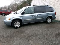 Chrysler - Town and Country - 2006 Brandywine, 20613