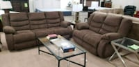 Brown reclining sofa and reclining loveseat Hagerstown, 21740