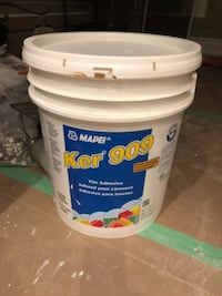 tile adhesive pail - brand new never been used Vaughan