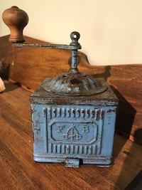 Antique Rare blue FB Italian coffee grinder 1890 Original paint Ottawa, K0A
