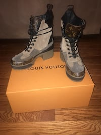 Louis Vuitton desert boot Bowie, 20720