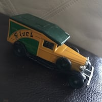 Vintage truck made in ENGLAND  Vaughan, L6A 4B4