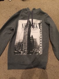 gray and black The North Face pullover hoodie Guelph, N1H 7S3