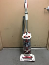 Shark vacuum rotator with lift away and attachments! Las Vegas, 89183