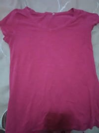Girls pink shirt Visalia, 93277