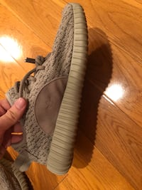 Yeezy Boost 350 v1 moon rocks UA Los Angeles, 90045