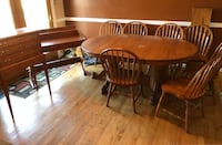 Seely Solid Wood 6'-10' Oak Table w/ Desk, Silverware Stand, & 7 Chairs Good New Market, 21774