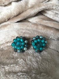 Vintage clip on teal turquoise multi-blue earrings