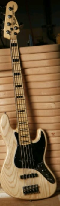 2015 USA Fender V Jazz Deluxe Bass Lancaster