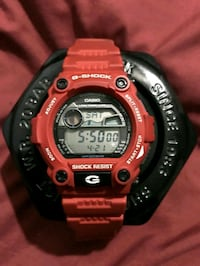 Red Casio G-Shock digital watch Pickering, L1V