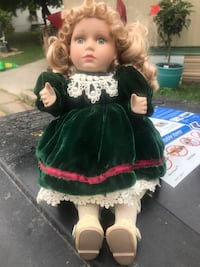 Wind up musical doll Moorhead, 56560