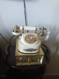 white cradle telephone Welland, L3C