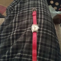 Vintage micky mouse watch,has small crack on glass Zephyrhills, 33543