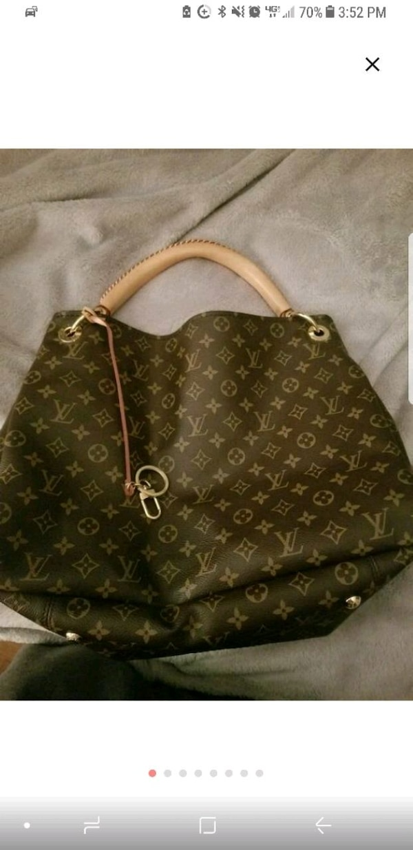 dd7408e7dc7f Used Authentic Louis Vuitton Artsy MM for sale in Franklin Township ...