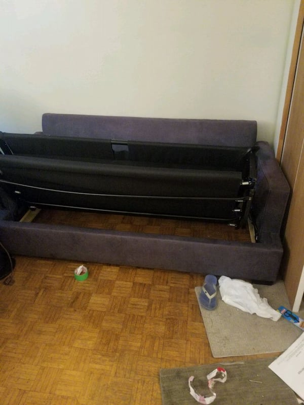 (GOOD CONDITION) SOFA BED - Move Out Sale 9a42b8ff-90d7-4fd0-92eb-cf149f53bc2a