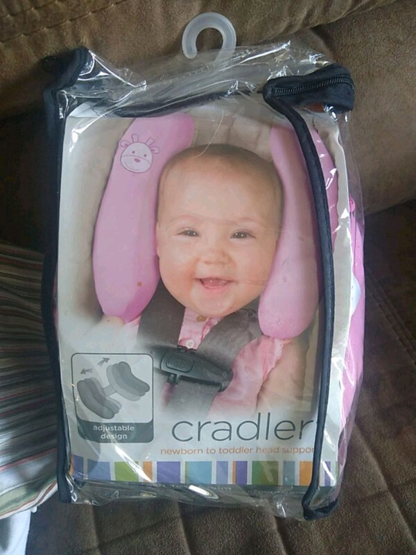 Brand new summers cradler for newborn carseat