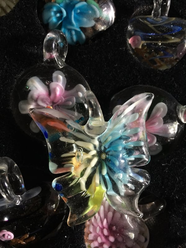 Glass pendants necklace holiday gift . 36b6aef9-5974-4b7d-9bb9-c26201b1500c