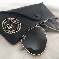 black framed Ray-Ban sunglasses with case Brampton, L6X 0E5