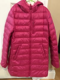 Uniqlo Girl Ultra light down coat size 11 Rockville