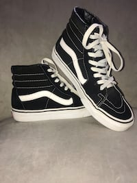 pair of black Vans Sk8-Hi sneakers 533 km