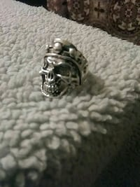 Captain Skull Ring as 9 Independence, 64052