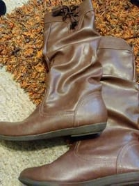 pair of brown leather boots Radcliff, 40160