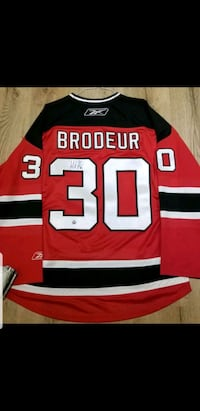 Martin Brodeur Autographed Jersey