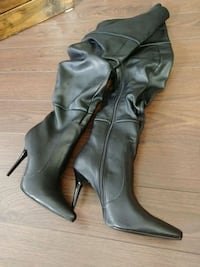 Tall costume boots size 9 London, N6B