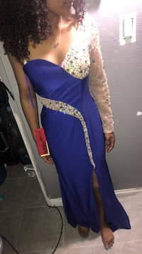 Prom dress brand new size 4 Lancaster, 93534