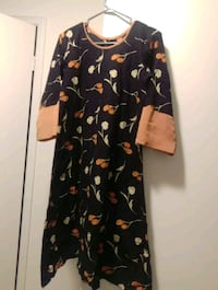 black and brown floral long-sleeved dress 597 km